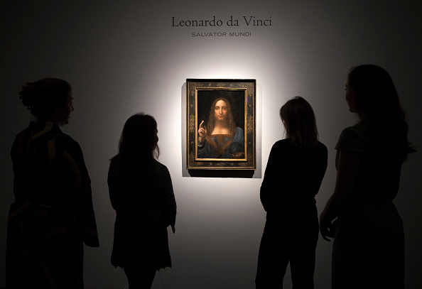 Christie's「Christie's Previews Leonardo Da Vinci's Salvator Mundi Prior To Auction」:写真・画像(9)[壁紙.com]