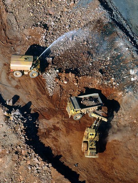 Diamond - Gemstone「Dust supression operations. Argyle diamond mine. Western Australia.」:写真・画像(10)[壁紙.com]