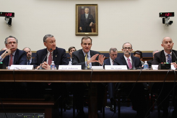 Treasury - Finance and Government「House Financial Services Committee Holds Hearing On Impact Of Volcker Rule」:写真・画像(8)[壁紙.com]
