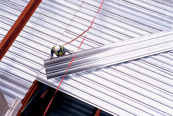 Hardhat「Steel sheeting on HSBC Tower, Canary Wharf, London」:写真・画像(5)[壁紙.com]