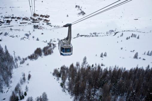 Snowdrift「ski resort ski lift」:スマホ壁紙(1)