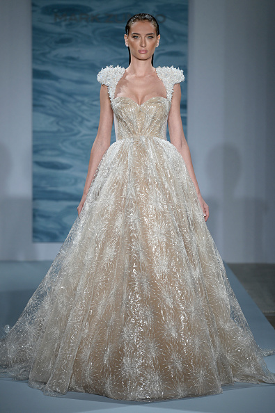 Wedding Dress「Fall 2015 Bridal Collection - Mark Zunino For Kleinfeld - Show」:写真・画像(2)[壁紙.com]