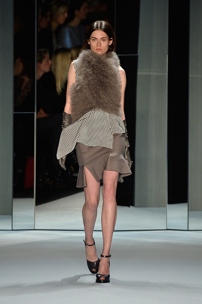 Gray Skirt「Schumacher Show - Mercedes-Benz Fashion Week Autumn/Winter 2014/15」:写真・画像(7)[壁紙.com]