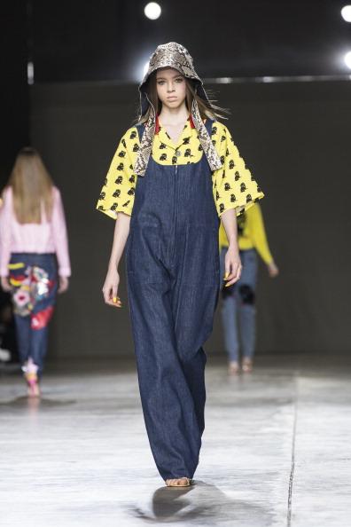 Yellow「Fashion East: Runway - London Fashion Week AW14」:写真・画像(0)[壁紙.com]