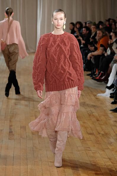 Pale Pink「Ulla Johnson - Runway - February 2017 - New York Fashion Week」:写真・画像(17)[壁紙.com]