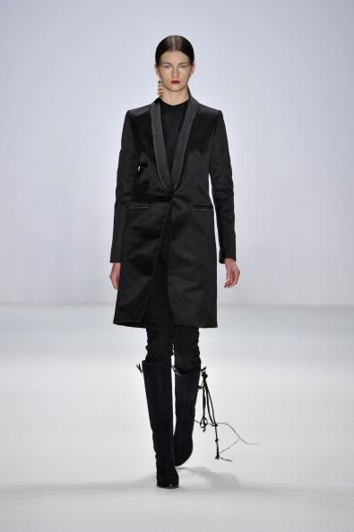 Gareth Cattermole「Mongrels In Common Show - Mercedes-Benz Fashion Week Berlin Autumn/Winter 2012」:写真・画像(15)[壁紙.com]