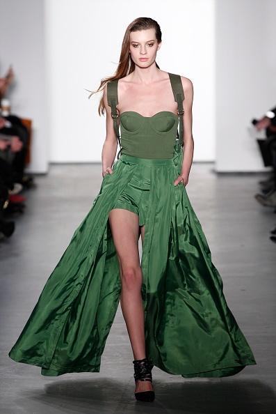 Slit - Clothing「Sass & Bide - Runway - Mercedes-Benz Fashion Week Fall 2014」:写真・画像(8)[壁紙.com]