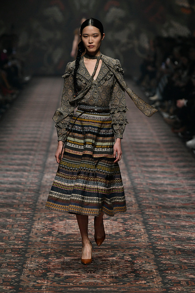 Mercedes-Benz Fashion Week - Berlin「Lena Hoschek - Show - Berlin Fashion Week Autumn/Winter 2020」:写真・画像(16)[壁紙.com]