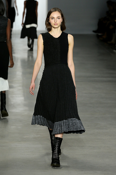 Skirt「Mercedes-Benz Fashion Week Fall 2014 - Official Coverage - Best Of Runway Day 8」:写真・画像(11)[壁紙.com]