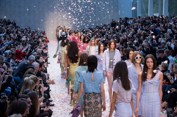 Burberry「Burberry Prorsum - Runway: London Fashion Week SS14」:写真・画像(16)[壁紙.com]