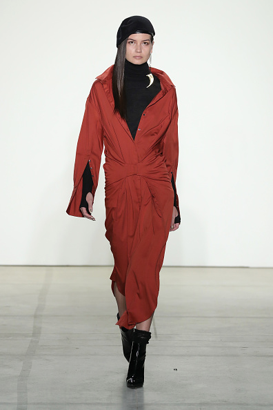 Turtleneck「Nicholas K - Runway - February 2017 - New York Fashion Week: The Shows」:写真・画像(15)[壁紙.com]