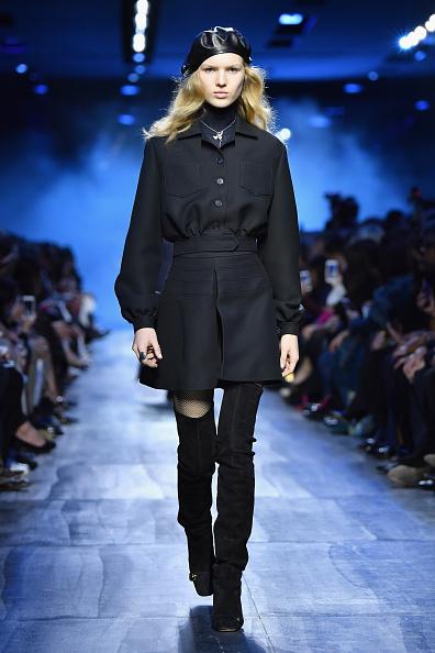 A-Line「Christian Dior : Runway - Paris Fashion Week Womenswear Fall/Winter 2017/2018」:写真・画像(16)[壁紙.com]