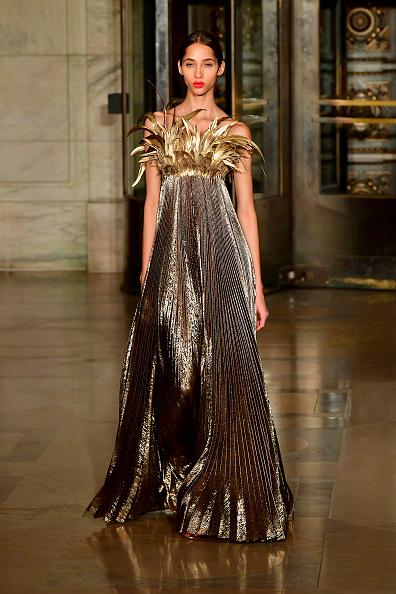 Catwalk - Stage「Oscar De La Renta - Runway - February 2020 - New York Fashion Week」:写真・画像(9)[壁紙.com]
