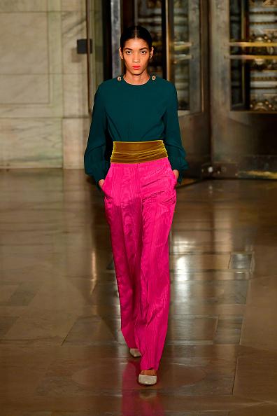 Catwalk - Stage「Oscar De La Renta - Runway - February 2020 - New York Fashion Week」:写真・画像(8)[壁紙.com]