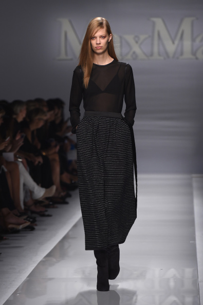 Gray Skirt「Max Mara - Runway - Milan Fashion Week Womenswear Spring/Summer 2015」:写真・画像(8)[壁紙.com]