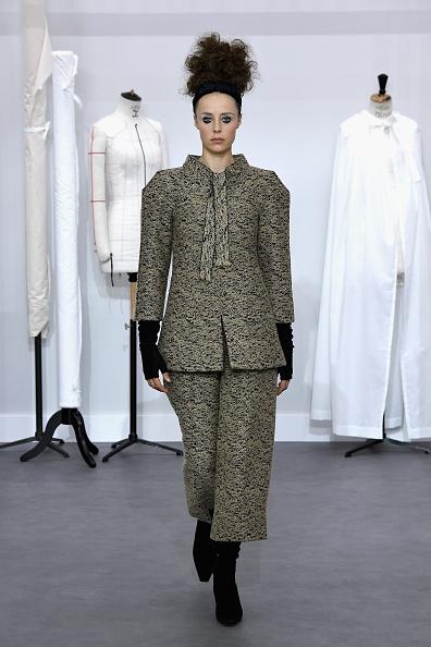 Chanel Jacket「Chanel : Runway - Paris Fashion Week - Haute Couture Fall/Winter 2016-2017」:写真・画像(8)[壁紙.com]
