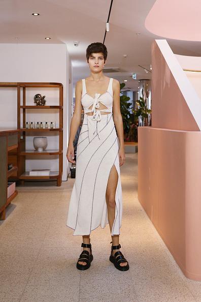 Sandal「Hansen & Gretel - Runway - Mercedes-Benz Fashion Week Australia 2019」:写真・画像(16)[壁紙.com]