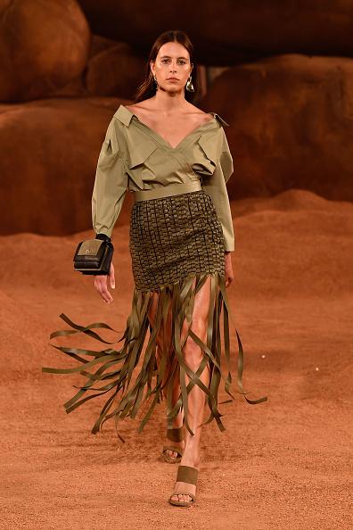 Off Shoulder「Mercedes-Benz Presents Camilla And Marc - Runway - Mercedes-Benz Fashion Week Australia 2018」:写真・画像(12)[壁紙.com]
