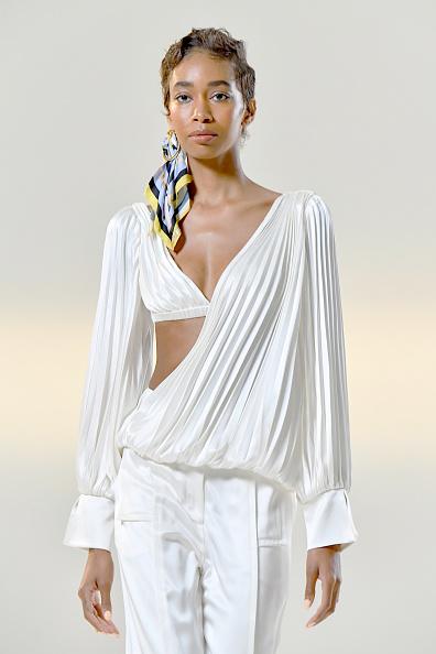 Model - Object「Vivienne Hu Spring/Summer 2021 New York Fashion Week Runway Show」:写真・画像(10)[壁紙.com]