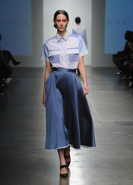 White Shirt「Katty Xiomara - Runway - Mercedes-Benz Fashion Week Fall 2015」:写真・画像(16)[壁紙.com]