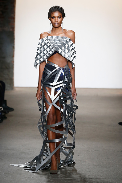 Off Shoulder「Nolcha Shows During New York Fashion Week Women's Fall/Winter 2016 Presented By Neogrid - Virtruvius」:写真・画像(18)[壁紙.com]
