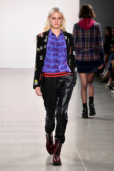Blazer - Jacket「Nicole Miller - Runway - February 2019 - New York Fashion Week: The Shows」:写真・画像(3)[壁紙.com]