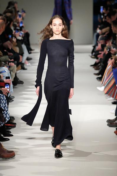 Ankle Length「Victoria Beckham - Runway - February 2017 - New York Fashion Week」:写真・画像(13)[壁紙.com]