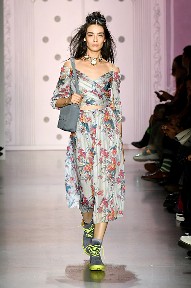 Necklace「Anna Sui - Runway - September 2019 - New York Fashion Week: The Shows」:写真・画像(4)[壁紙.com]