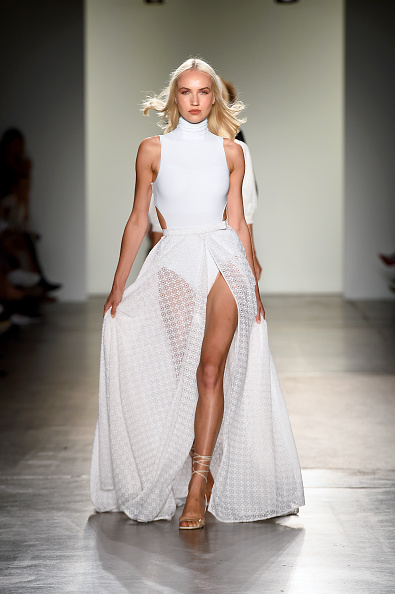 Wedding Dress「Fashion Palette - Australian Womenswear Spring/Summer '20 Collection Show - Runway」:写真・画像(15)[壁紙.com]