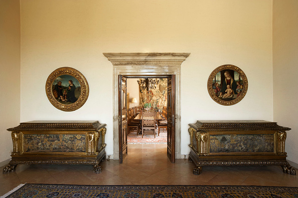 Rug「Dining Room entrance, Royal White Palace, Belgrade, Serbia」:写真・画像(11)[壁紙.com]