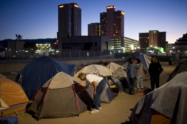 Tent「City Of Reno Sets Up Tent City For Homeless」:写真・画像(8)[壁紙.com]