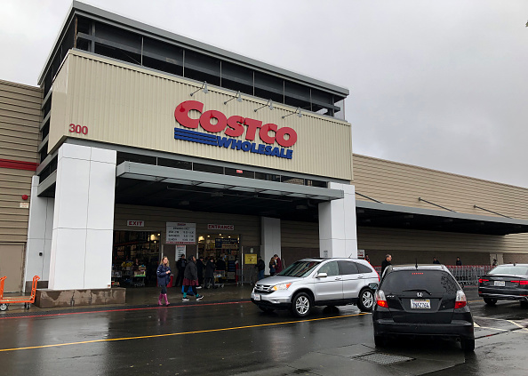 Costco Wholesale Corporation「Warehouse Retailer Costco Reports Quarterly Earnings」:写真・画像(1)[壁紙.com]