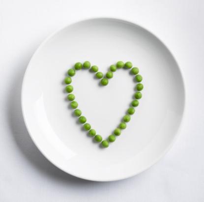 Heart「Peas in shape of heart」:スマホ壁紙(2)