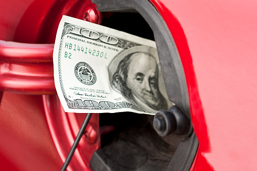 American One Hundred Dollar Bill「A hundred dollar bill stuffed into a cars gas tank」:スマホ壁紙(16)
