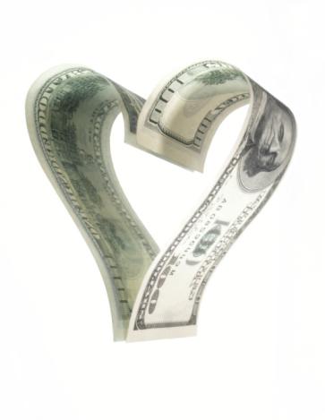 American One Hundred Dollar Bill「Hundred dollar banknote forming heart shaped reflection, close-up」:スマホ壁紙(2)