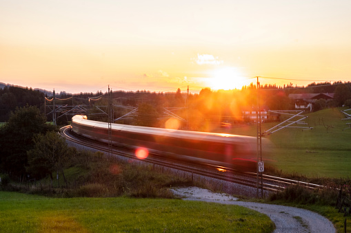 Blurred Motion「Germany, Upper Bavaria, Regional train at sunset」:スマホ壁紙(18)