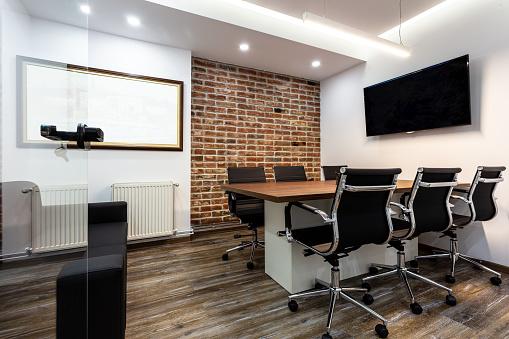 Male Likeness「Empty conference room」:スマホ壁紙(15)