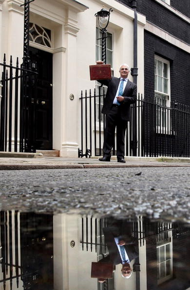 Dan Kitwood「Alistair Darling To Deliver His Final Budget Before The General Election」:写真・画像(18)[壁紙.com]