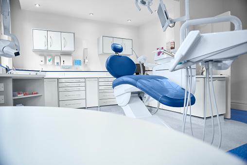Medical Clinic「empty modern dentist room」:スマホ壁紙(14)