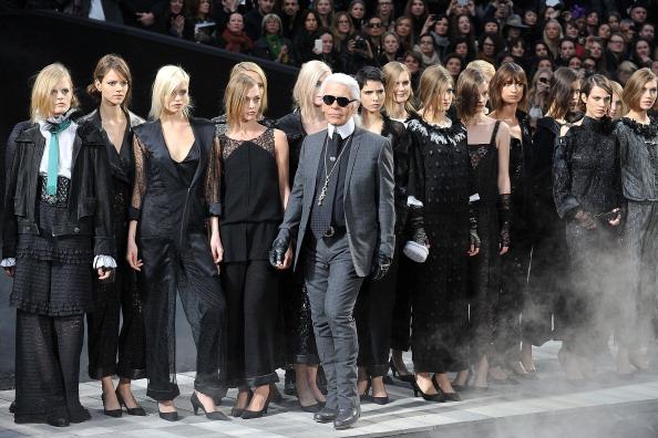 Grand Palais「Chanel: Runway - Paris Fashion Week Fall/Winter 2012」:写真・画像(18)[壁紙.com]