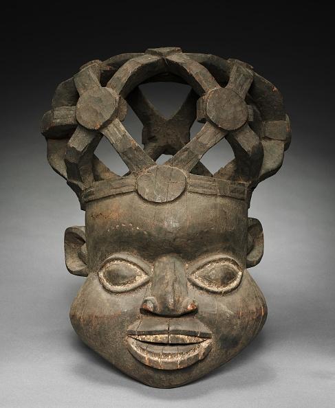 1900「Helmet Mask」:写真・画像(12)[壁紙.com]