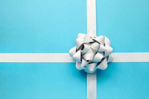 Cross Shape「Silver bow on blue」:スマホ壁紙(1)