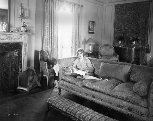 Sofa「Pickford At Pickfair」:写真・画像(0)[壁紙.com]