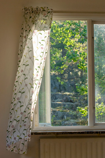Wind「Summer wind catching curtain in window」:スマホ壁紙(16)