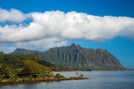 コオラウ山脈「North shore of the island of Oahu and the Koolau mountan Range」:スマホ壁紙(19)