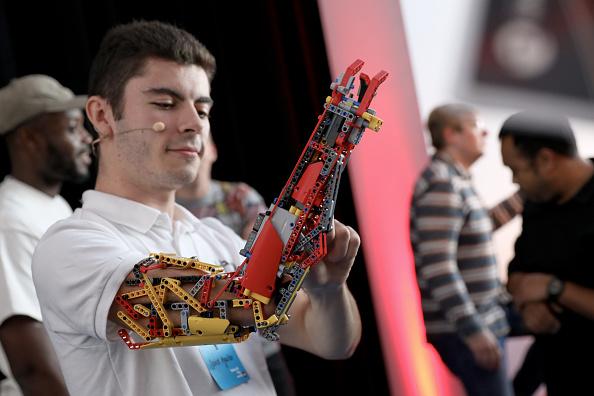 ベストオブ「Mark Ronson & The LEGO Group Inspire Kids To Rebuild The World」:写真・画像(1)[壁紙.com]
