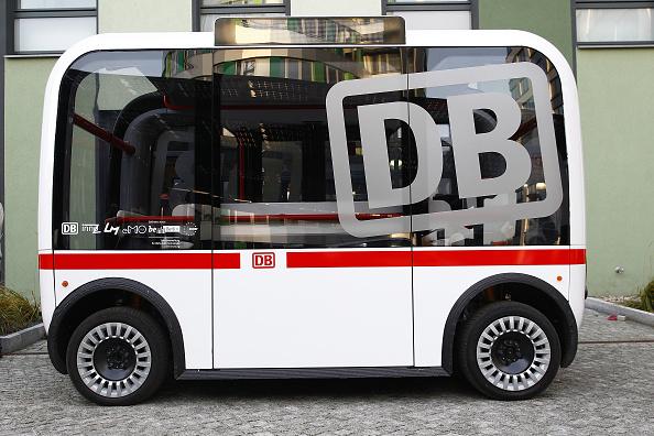 Mode of Transport「Deutsche Bahn Presents Self-Driving Bus Pilot Project」:写真・画像(2)[壁紙.com]