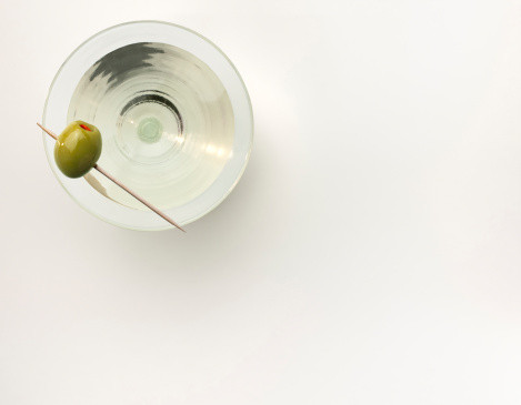 Martini「A martini served with a stuffed olive」:スマホ壁紙(11)