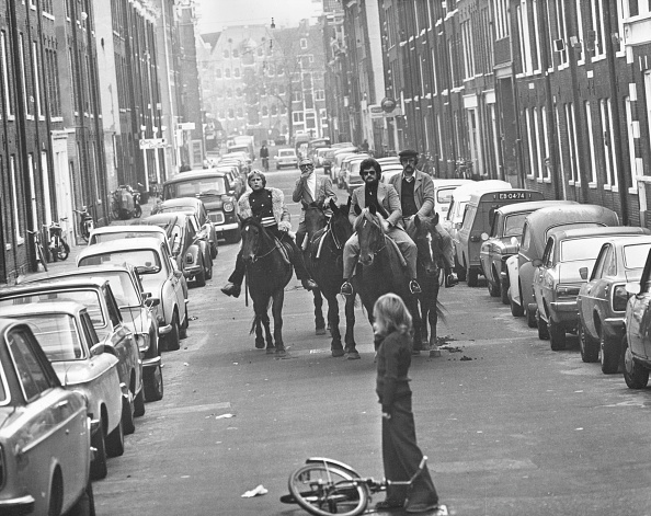 Crisis「Amsterdam Horses」:写真・画像(10)[壁紙.com]