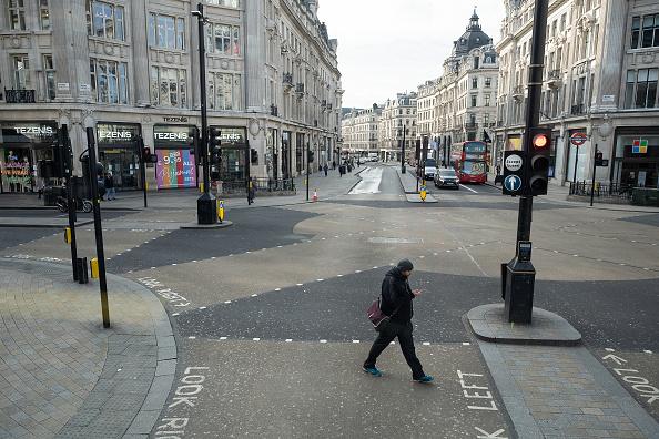 英国 ロンドン「The UK's Capital Adjusts To Life Under The Coronavirus Pandemic」:写真・画像(10)[壁紙.com]